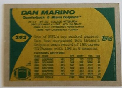 Dan Marino Topps 1989 NFL Trading Card #293 Miami Dolphins Back